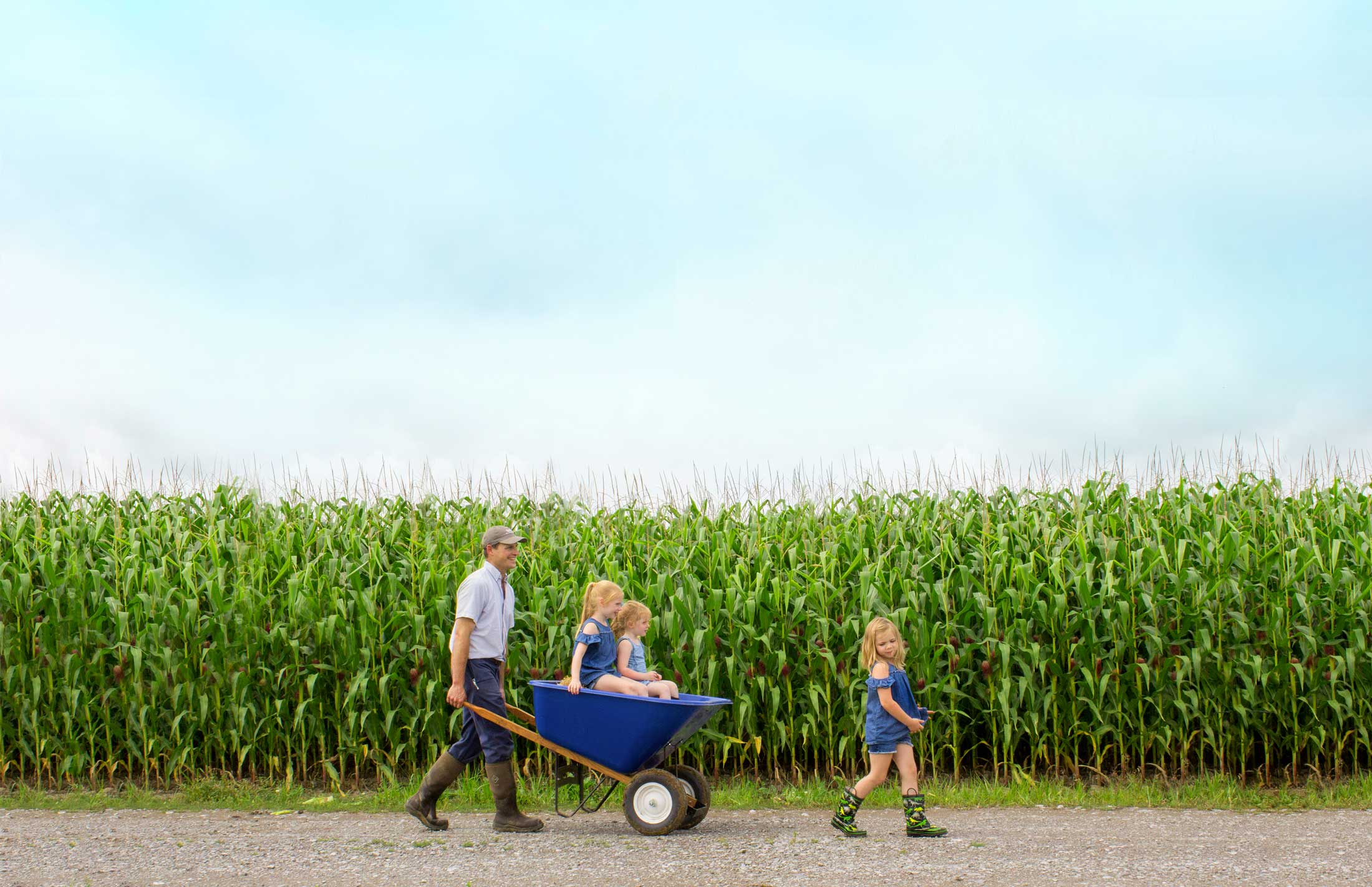 Thomas, Easton, Nora, and Louise Matthews at Noblehurst Farms